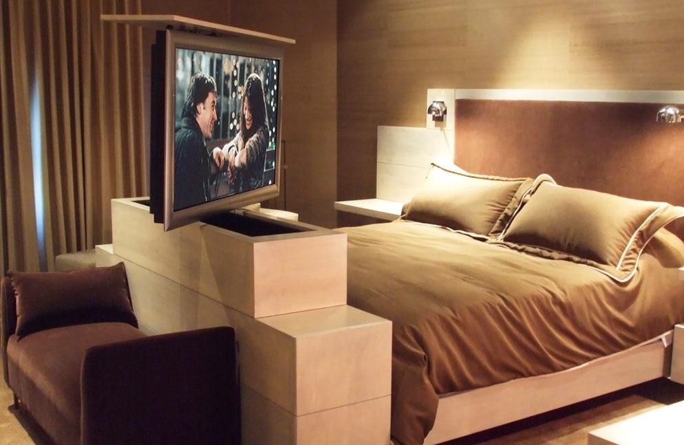 Stabilo bed ombouw TV lift
