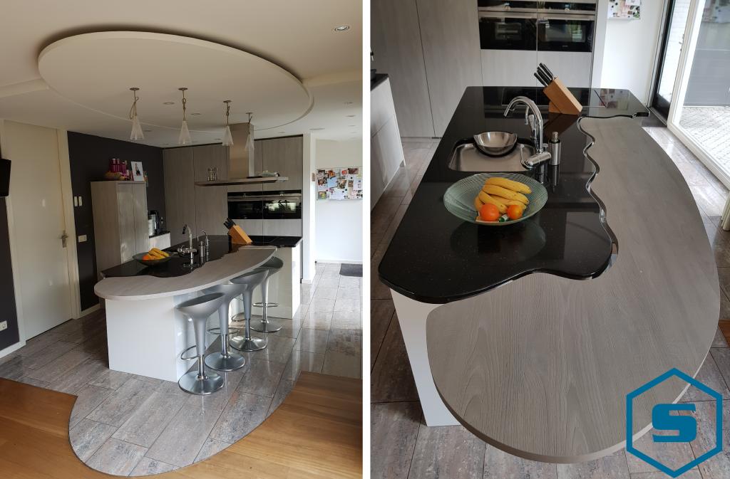 Keuken met bar en verlaagd plafond