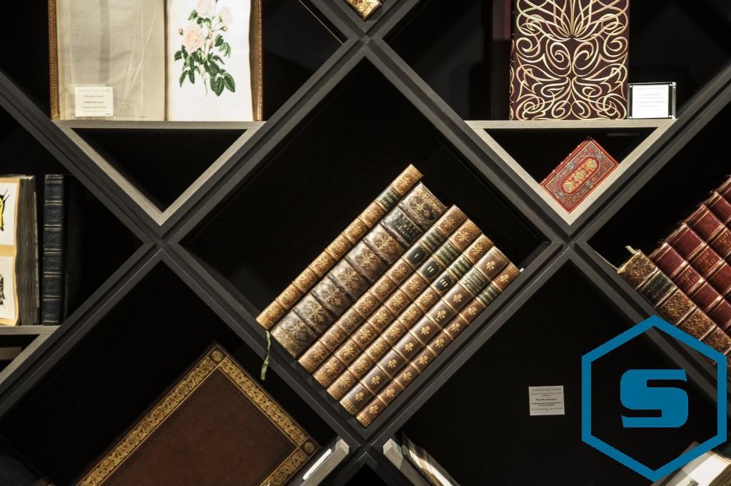 Design boekenkast beurs TEFAF
