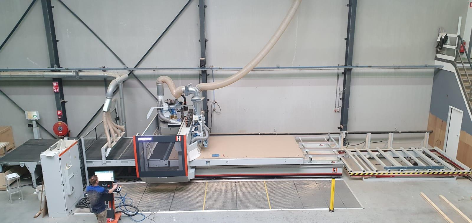 Deze 5-assige CNC-machine is een echte alleskunner